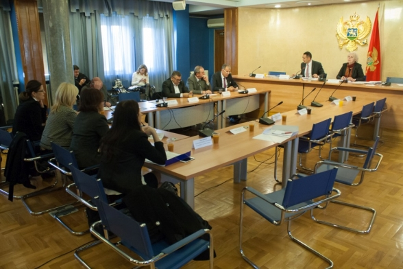 Committee on Economy, Finance and Budget holds its 122nd meeting