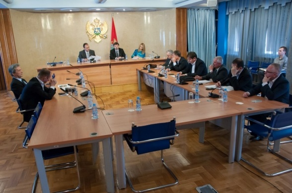 Committee on International Relations and Emigrants holds its 53rd meeting