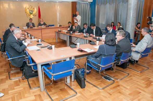 Seventeenth meeting of the Committee on Economy, Finance and Budget held